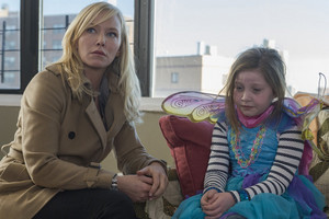 """Kelli Giddish as Amanda Rollins in Law and Order: SVU - """"Downloaded Child"""""""