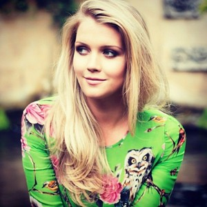 Lady Kitty Spencer Dolce