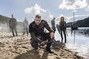 Lagertha, Floki, Bjorn, Rollo and Ragnar Lothbrok Season 3 promotional picture