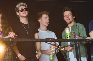 Louis and Niall at Glastonbury Festival