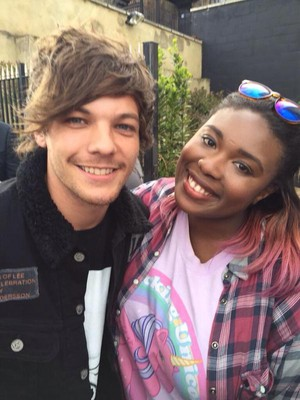 Louis with 팬 2
