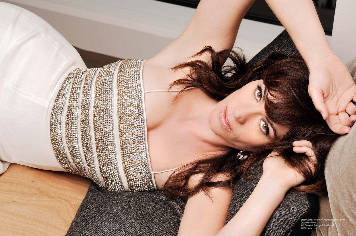 Maggie Siff in Regard Magazine - December 2012
