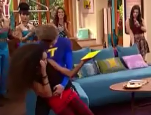 Max (Phoebe) saves Simone from falling