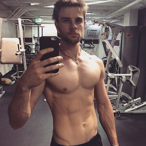 Nate Buzolic ❤
