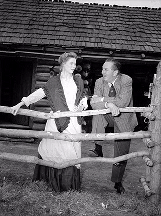 Dorothy Mcguire Images Old Yeller Behind The Scenes Dorothy