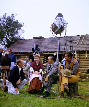 Old Yeller - Behind the Scenes - Robert Stevenson, Dorothy McGuire, Walt Disney and Fess Parker