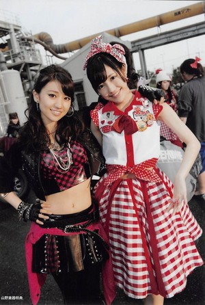 Oshima Yuko and Watanabe Mayu - Gingham Check