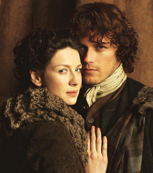 Outlander Claire and Jamie Season 1 promotional picture