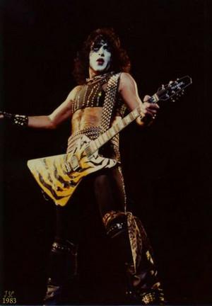 Paul 1983