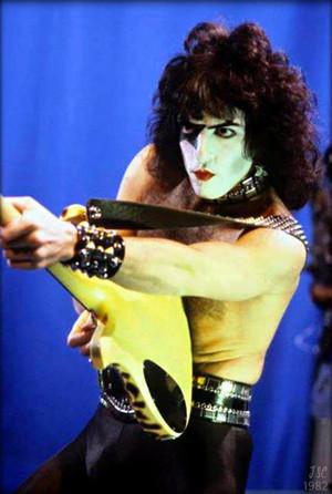 Paul ~December 1, 1982 (Rome, Italy…Creatures European Tour)