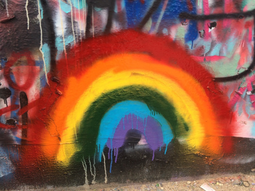 LGBT 壁纸 entitled Queer Graffiti