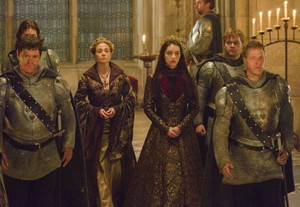 "Reign ""Acts of War"" (2x09) promotional picture"