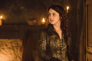 """Reign """"For King and Country"""" (1x09) promotional picture"""
