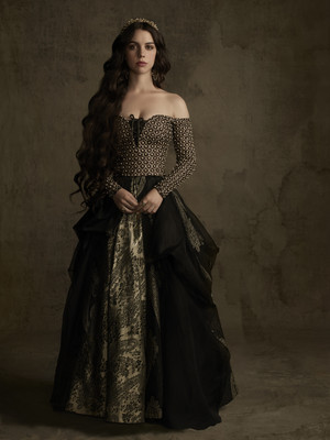 Reign Season 2 official picture