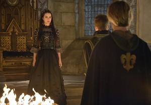 "Reign ""The Plague"" (2x01) promotional picture"