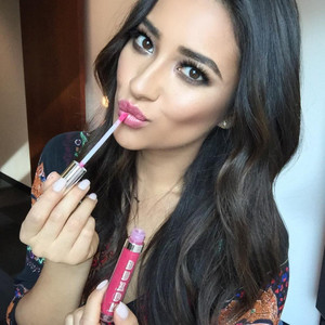 Shay Mitchell, Ms. Cute