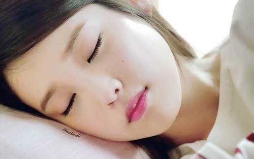 IU wallpaper possibly with a portrait entitled Sleeping Cindy 1920x1200