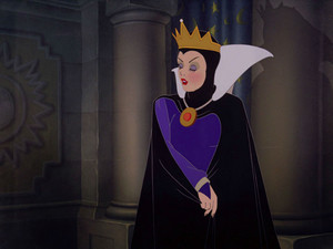 Snow White as The Evil queen