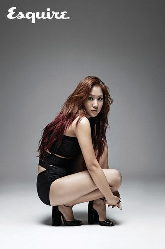 SISTAR (씨스타) wallpaper probably with bare legs, hosiery, and tights titled Soyou 'Esquire'