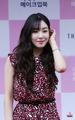 Tiffany - The White Balance  - tiffany-hwang photo