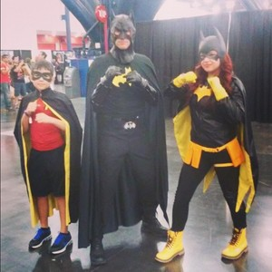 batfamily cosplay