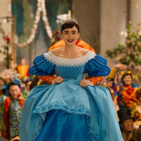 Wedding Dress Mirror Mirror Vs Snow White Photo 38570123 Fanpop