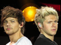 Nouis - louis-tomlinson wallpaper