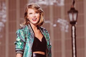 ✦ Taylor rapide, swift ✦