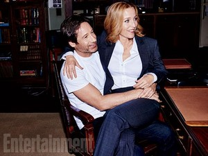 'X-Files' returns: New EW exclusive 写真