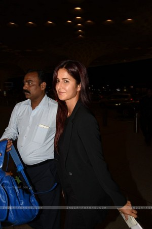 -katrina-snapped-at-airport