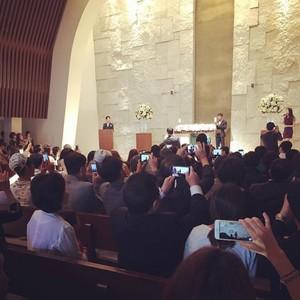 150711 IU hát at her manager's wedding