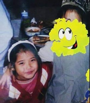 150714 It looks like another IU childhood photo has been revealed