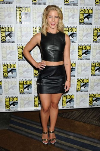 Emily Bett Rickards achtergrond possibly containing bare legs, a hip boot, hot pants, and hotpants titled 2015 Comic-Con 'Arrow' Press Room - July 11, 2015