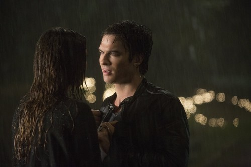 when does damon and elena start dating New york post latest in damon & elena's 10 best moments from 'the vampire diaries little does damon know he's not dealing with an ordinary teenage girl.