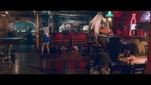 Addicted To tu {Music Video}