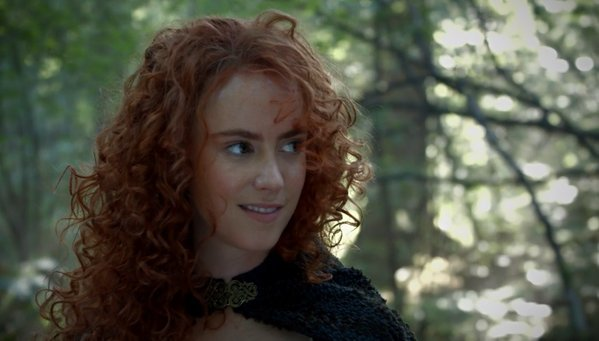 Amy Manson Luân Đôn as Merida