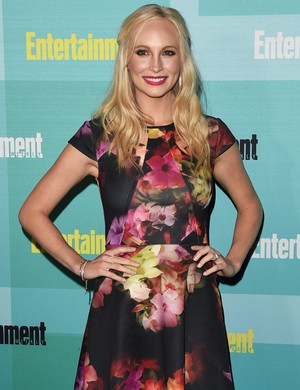 Candice attends the Entertainment Weekly Party at Comic Con