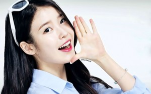 IU for Hyundai HCN 1920x1200