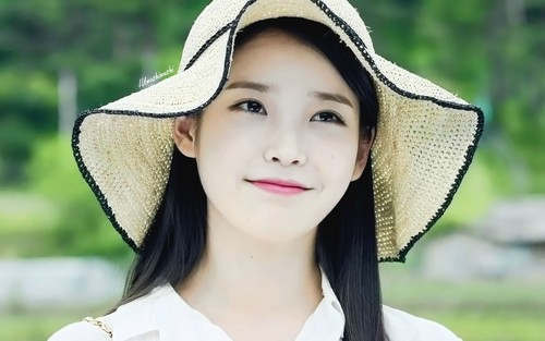 iu wallpaper possibly with a boater, a fedora, and a bonnet entitled Cindy 1920x1200