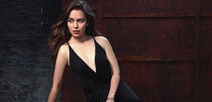 Emilia Clarke in Io Donna Photoshot