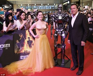 Emilia and Arnold at the Terminator premiere