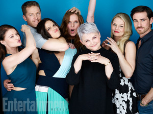 Emilie, Josh, Lana, Rebecca, Ginnifer, Jennifer and Colin
