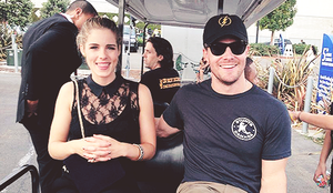 Emily Bett Rickards and Stephen Amell ( bonus Willa Holland) at SDCC 2014.