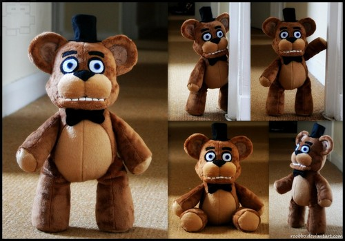 Five Nights at Freddy's kertas dinding called Freddy plush