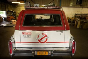 Ghostbusters 2016 Car - Ecto-1