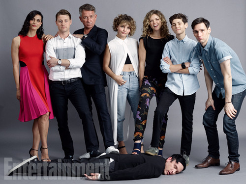 Gotham wallpaper probably with a business suit titled Gotham Cast