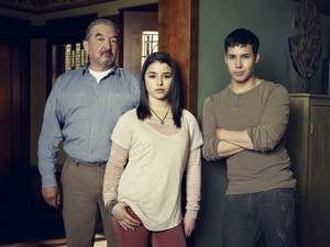 Graham Greene, Nicole Munoz and Justin Rain in Defiance