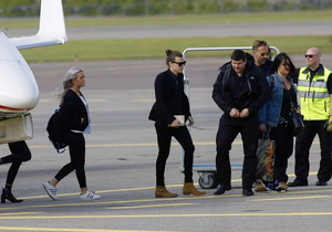 Harry Arriving to Finland