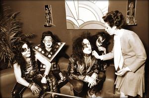 Kiss ~April 30 1974 (NYC)