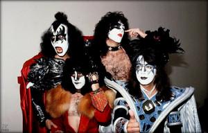 halik ~London, England…September 4, 1980 (Unmasked World Tour)